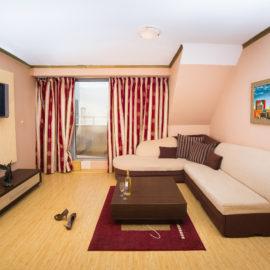 Апартамент - Хотел Габи Пловдив - Стил и Уют до Гребна база и Мол Пловдив