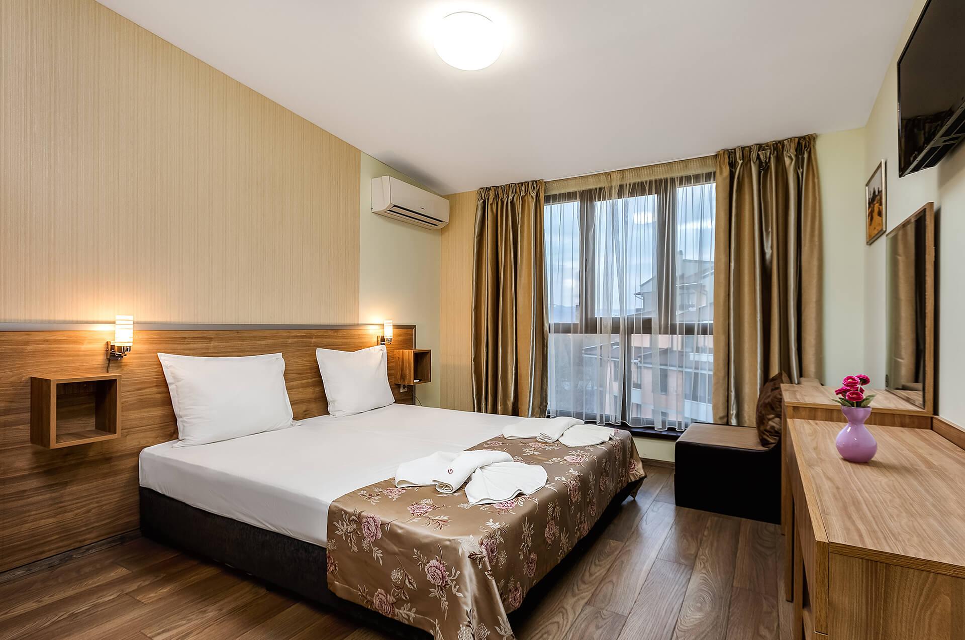 Двойна стая лукс в Хотел Габи Пловдив